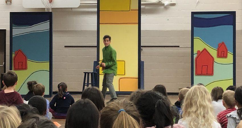 Green Thumb Theatre preforms New Canadian Kid