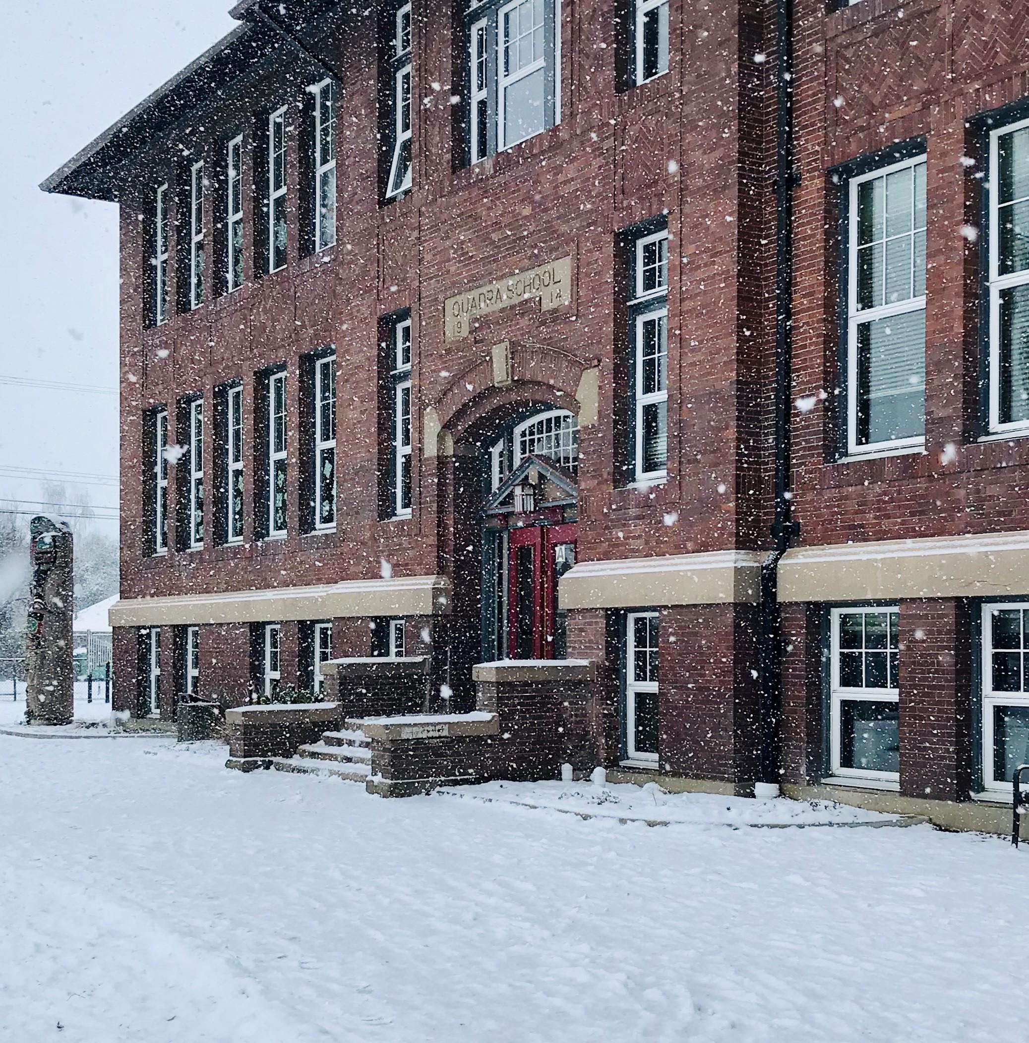 A snowy day at Quadra School!